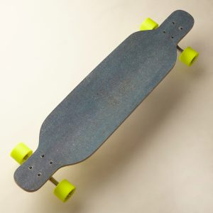 Sarai - Longboard Cruiser Carver - my board is longer ...